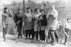 1972-Budování fotbalového hřiště